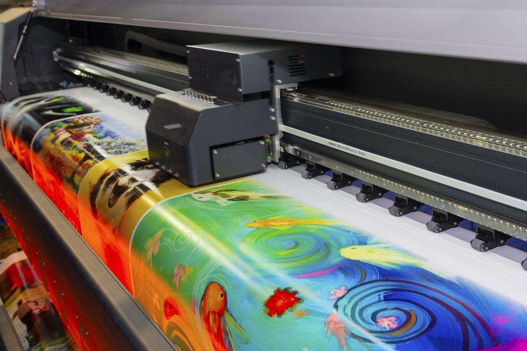 ploter wielkoformatowy druk kolorowy głowica drukująca